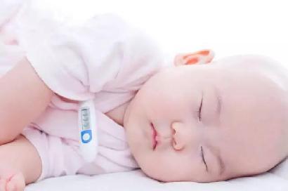 怎么决定宝宝的穿衣多少?